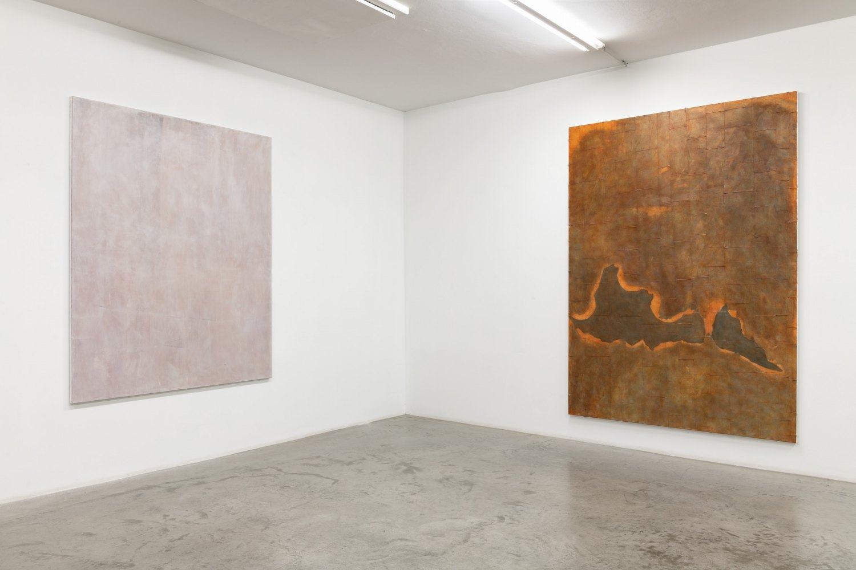 Installation view, Sergej Jensen,Abstract Paintings, Galerie Neu, Berlin 2020