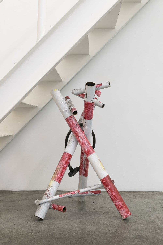 Manfred Pernice Prototyp Kreuzung Antalya, 2016 metall, colour, bicycle lock 96 x 58 x 58 cm