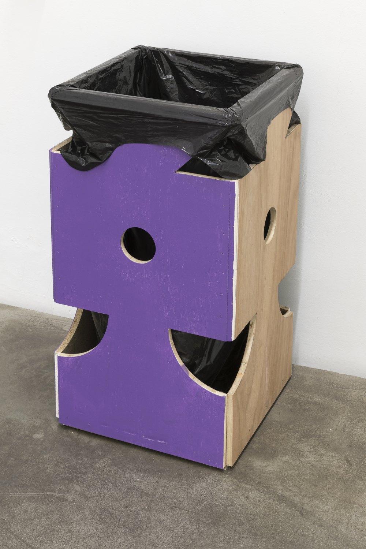 Manfred Pernice Vita Activa, 2016 Fiberboard, paint, garbage bag, garbage 80 x 43,2 x 43,2 cm