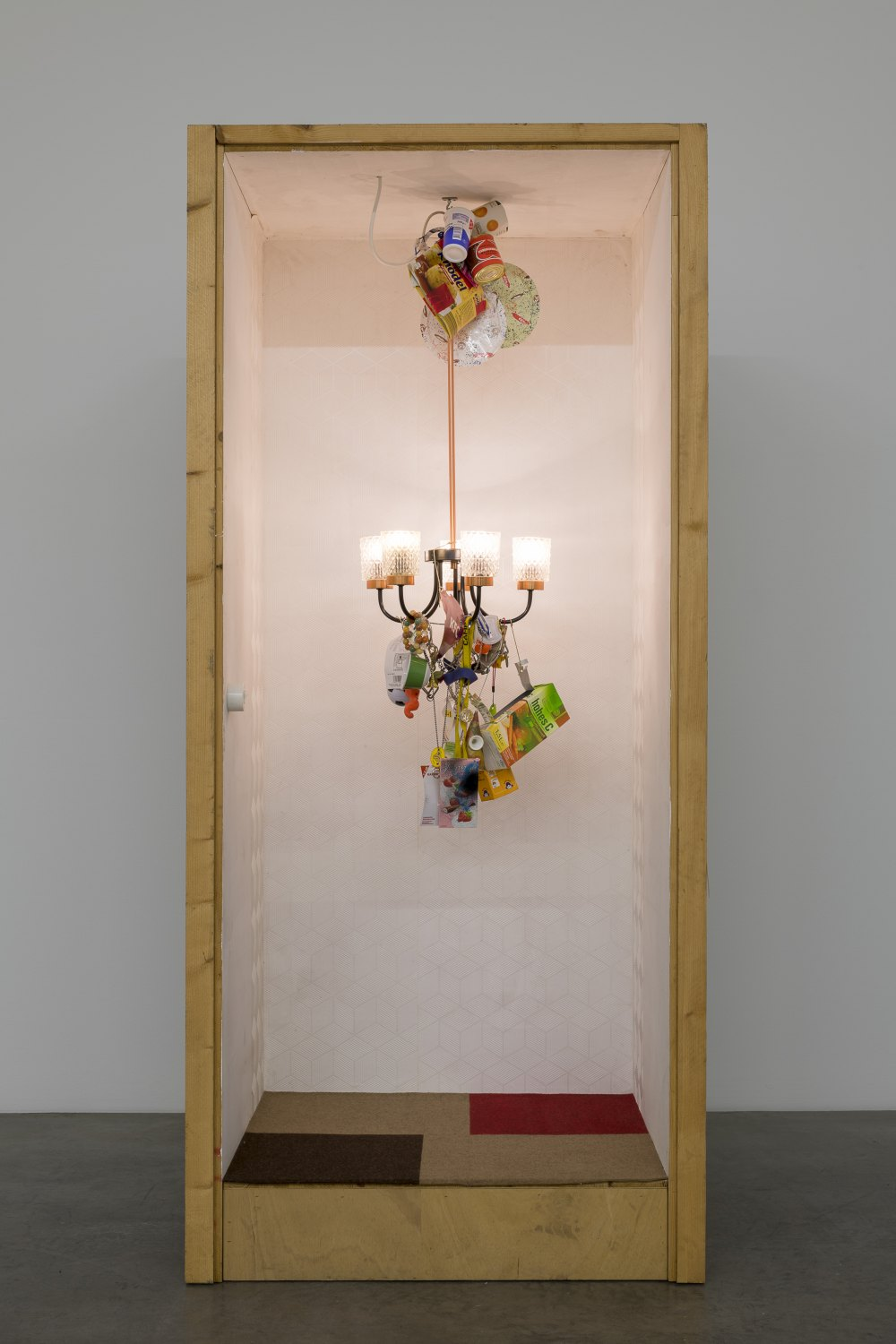 Manfred Pernice Bianca, 2010 wooden crate, carpet, wallpaper, lamp, electric chord, various found materials 234 x 105.5 x 85 cm