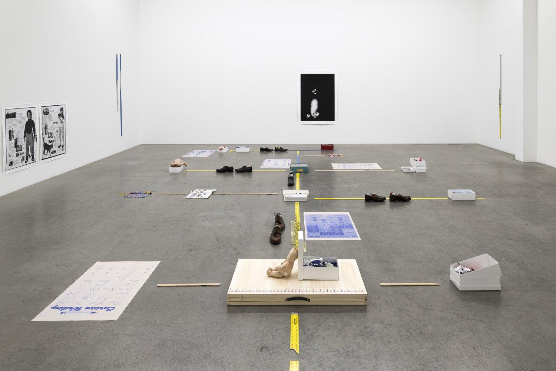 Installation view, Win McCarthy, RULER, Galerie Neu, Berlin, 2021