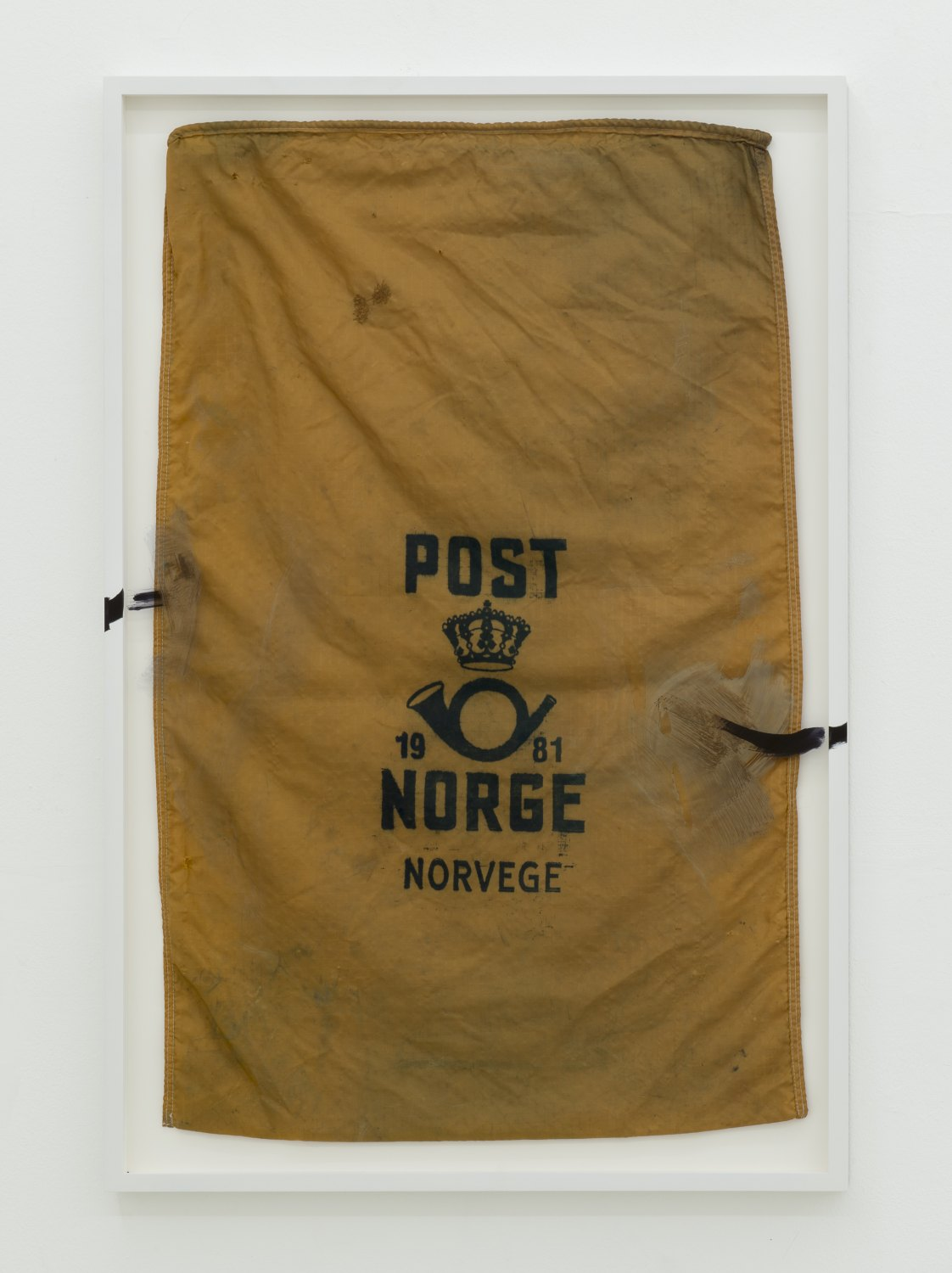 Matias Faldbakken Untitled (post bag), 2013 Canvas, frame, paint, 119.7 × 79.8 cm